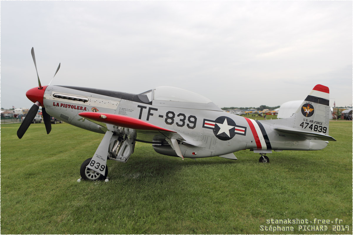 tof#11794 P-51 enregistré aux USA au statique à Oshkosh (WI, USA) en 2019