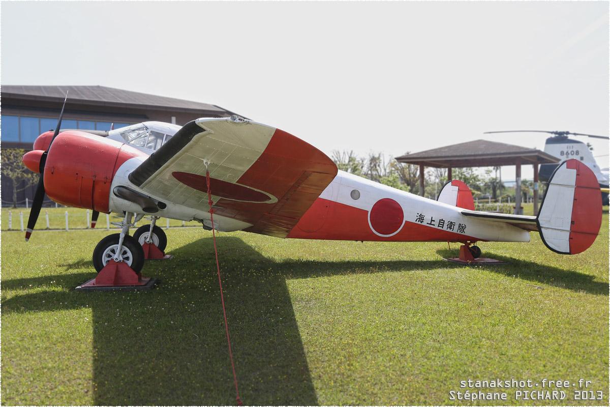 tof#11806_Beech 18_de la Marine japonaise