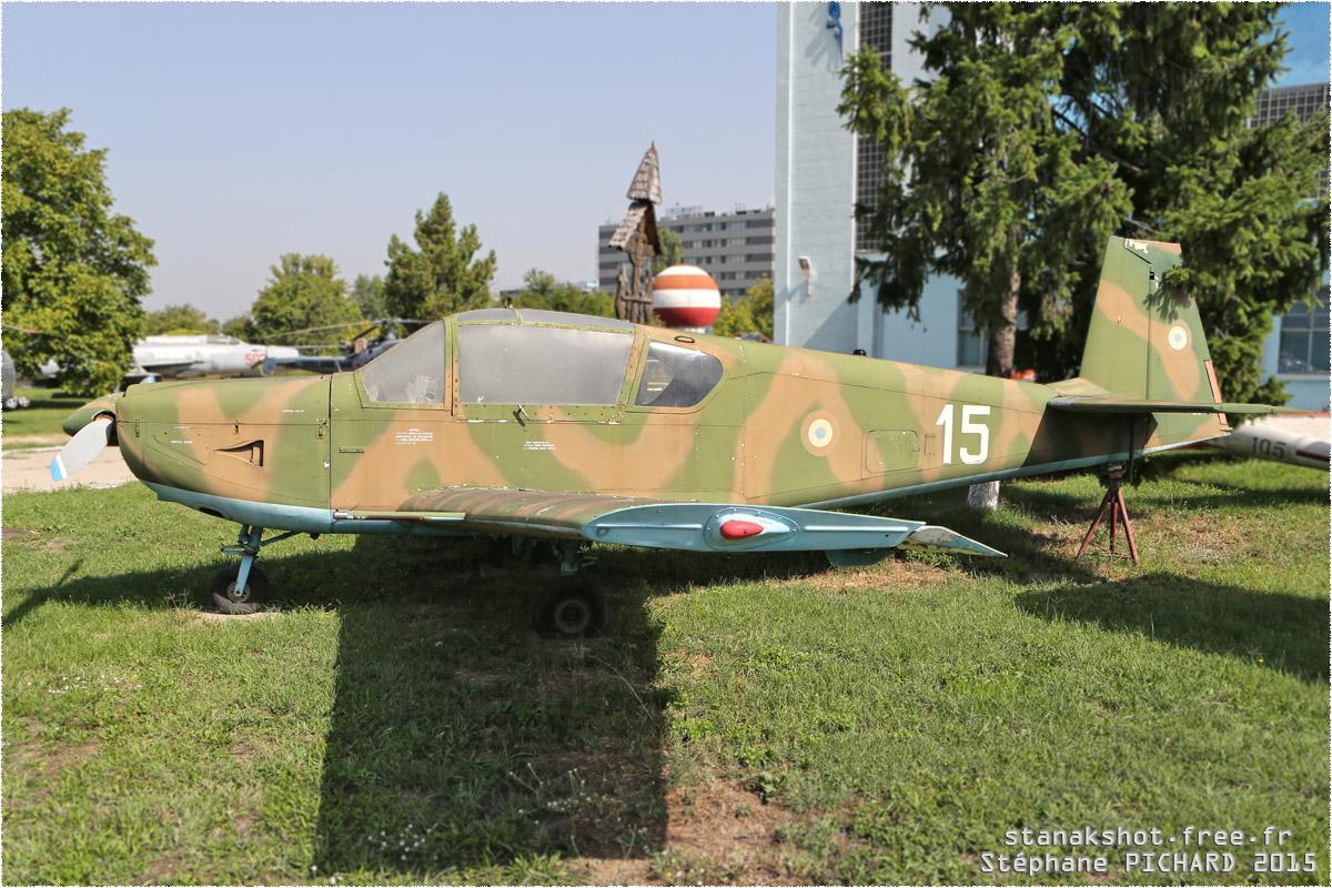 tof#11809_IAR-823_de la Force aérienne roumaine