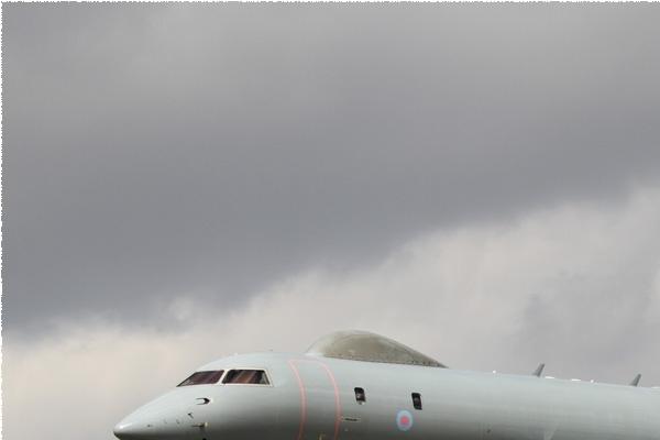 Photo#11133-1-Bombardier Sentinel R1