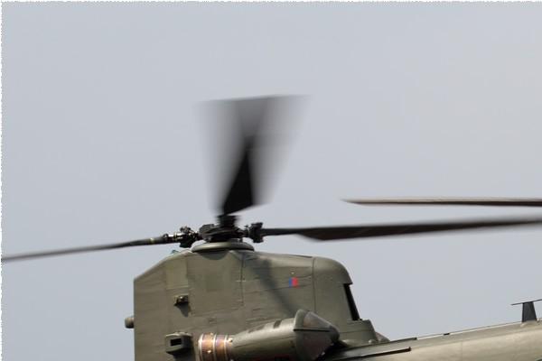 11153a-Boeing-Chinook-HC6A-Royaume-Uni-air-force