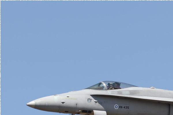 11163a-McDonnell-Douglas-F-18C-Hornet-Finlande-air-force