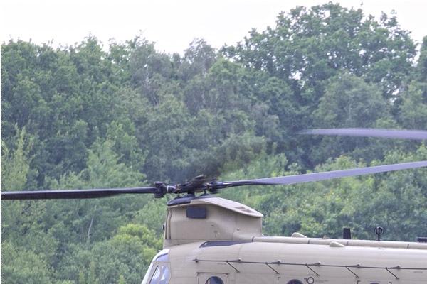 Photo#11553-1-Boeing CH-47F Chinook