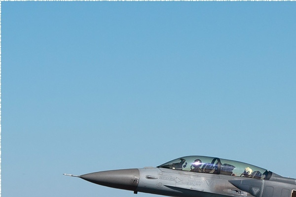 11828a-Lockheed-Martin-F-16D-Fighting-Falcon-Turquie-air-force
