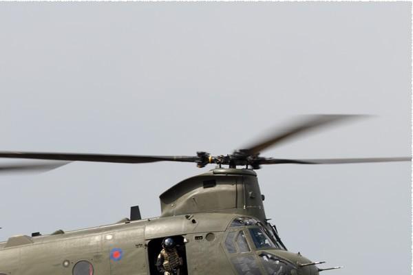 11153b-Boeing-Chinook-HC6A-Royaume-Uni-air-force