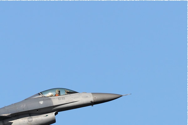 11249b-Lockheed-F-16A-Fighting-Falcon-Taiwan-air-force