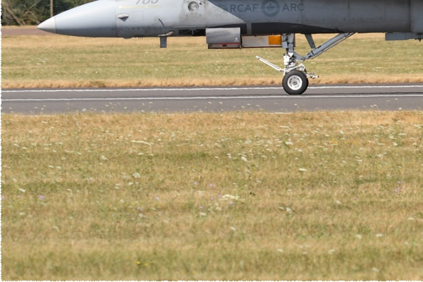 Photo#11102-3-McDonnell Douglas CF-188 Hornet