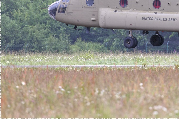 Photo#11553-3-Boeing CH-47F Chinook