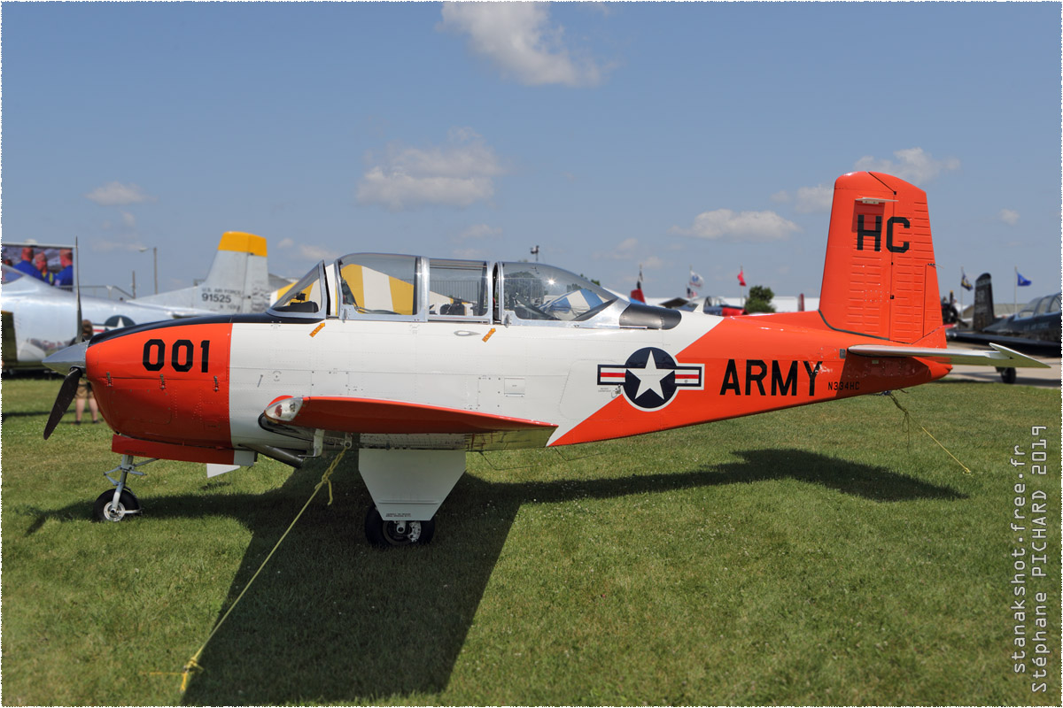 tof#2013 T-34 enregistré aux USA au statique à Oshkosh (WI, USA) en 2019