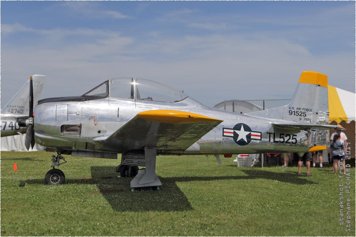 tof#2041 T-28 enregistré aux USA au statique à Oshkosh (WI, USA) en 2019