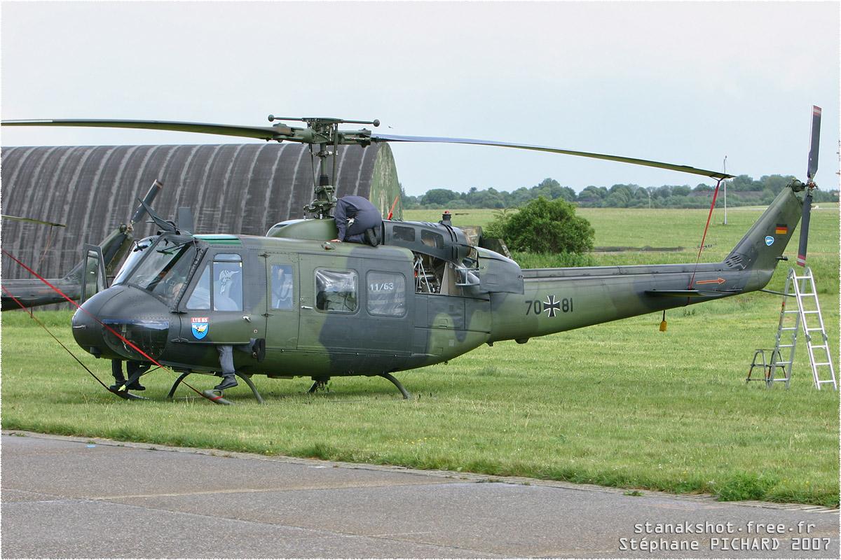 tof#2233 Bell 205 de la Luftwaffe au statique à Liège (BEL) en 2007