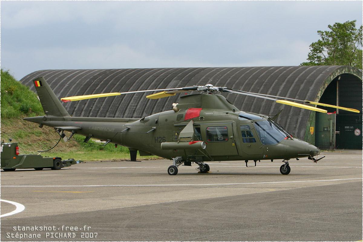 tof#2262 A109 de la Force aérienne belge au statique à Liège (Belgique) en 2007