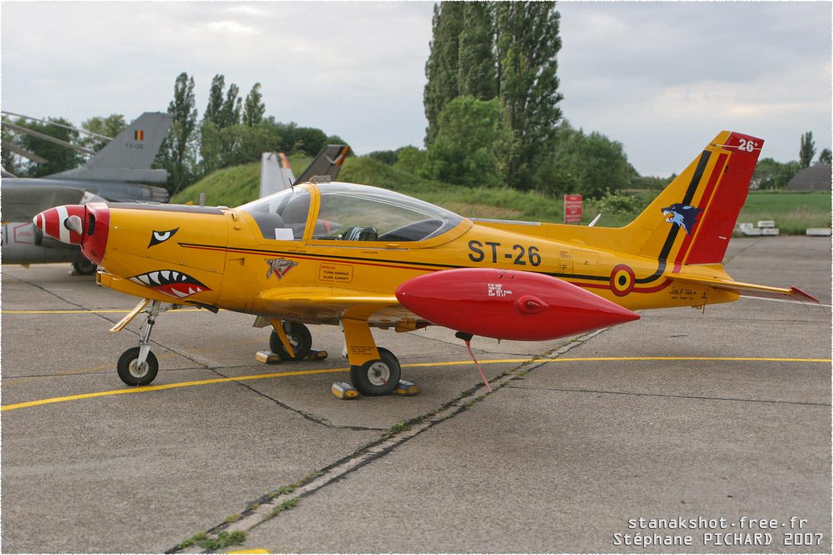 tof#2284 SF.260 de la Force aérienne belge au statique à Liège (Belgique) en 2007