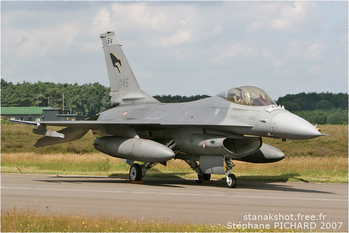 tof#2818_F-16_de la Force aérienne italienne