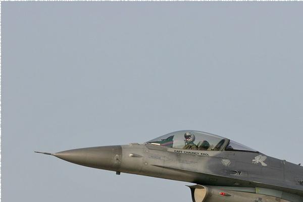 Photo#2092-1-General Dynamics F-16C Fighting Falcon