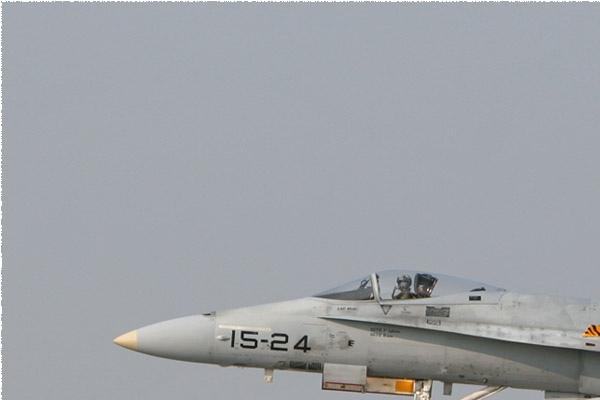 Photo#2106-1-McDonnell Douglas EF-18A Hornet
