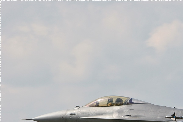 Photo#2816-1-General Dynamics F-16A Fighting Falcon