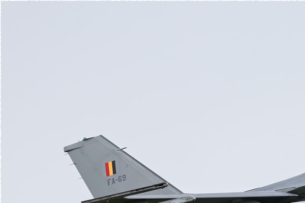 Photo#2822-1-General Dynamics F-16AM Fighting Falcon
