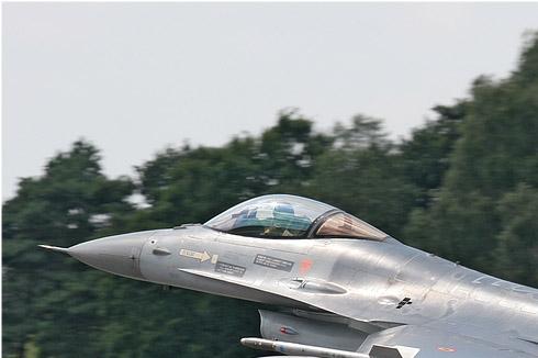 Photo#2833-1-General Dynamics F-16AM Fighting Falcon