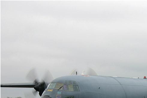 2943a-Lockheed-C-130H-30-Hercules-France-air-force