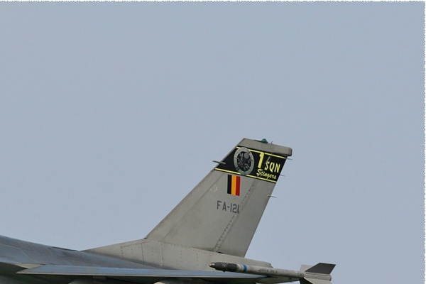 Photo#2074-2-General Dynamics F-16AM Fighting Falcon
