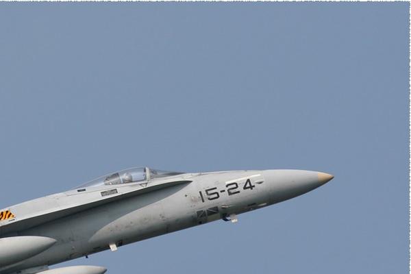 Photo#2105-2-McDonnell Douglas EF-18A Hornet