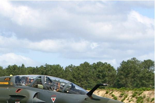 Photo#2432-2-Dassault Mirage 2000D