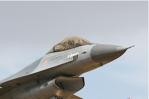 Photo#2715-2-General Dynamics F-16AM Fighting Falcon