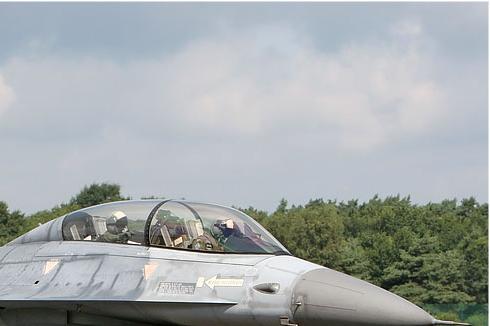 Photo#2841-2-General Dynamics F-16B Fighting Falcon