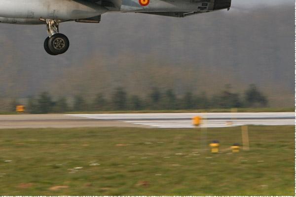 Photo#2106-4-McDonnell Douglas EF-18A Hornet