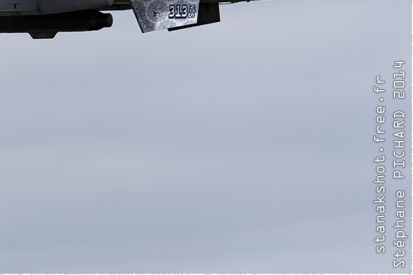 Photo#2385-4-General Dynamics F-16AM Fighting Falcon