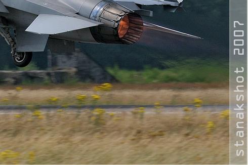 2849c-General-Dynamics-F-16AM-Fighting-Falcon-Danemark-air-force