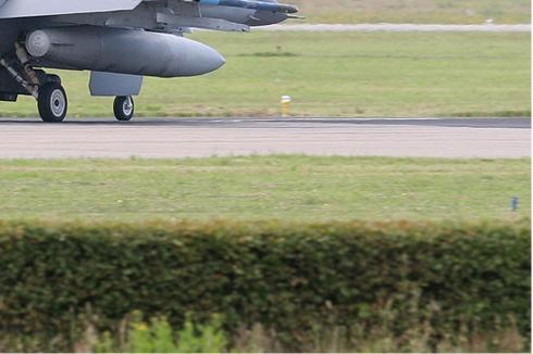 Photo#2928-4-General Dynamics F-16AM Fighting Falcon