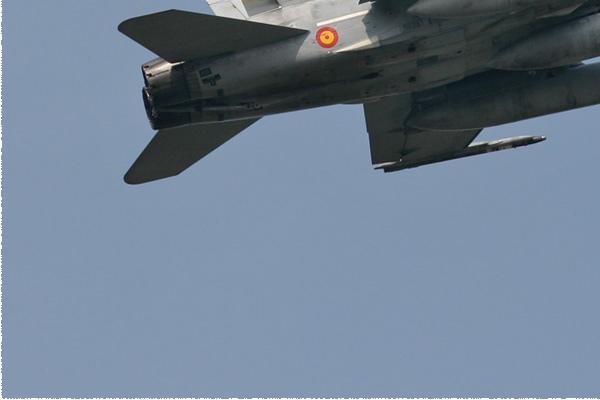 Photo#2105-3-McDonnell Douglas EF-18A Hornet