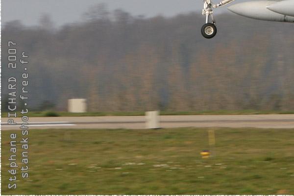 Photo#2106-3-McDonnell Douglas EF-18A Hornet