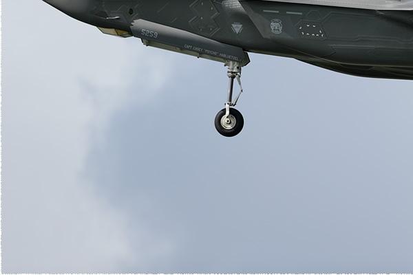 Photo#2504-3-General Dynamics F-16B Fighting Falcon
