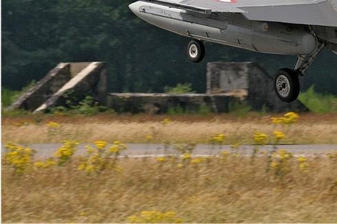 Photo#2851-3-General Dynamics F-16AM Fighting Falcon