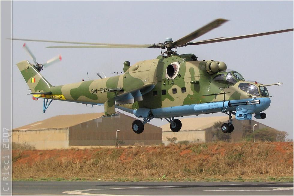 tof#3391_Mi-24_de l'Armée de l'air sénégalaise