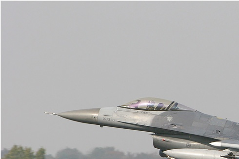Photo#3118-1-General Dynamics F-16C Night Falcon