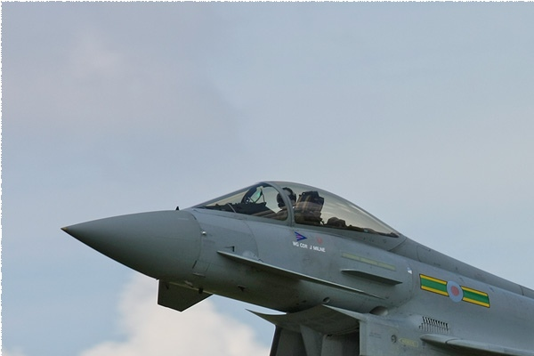 3513a-Eurofighter-Typhoon-F2-Royaume-Uni-air-force