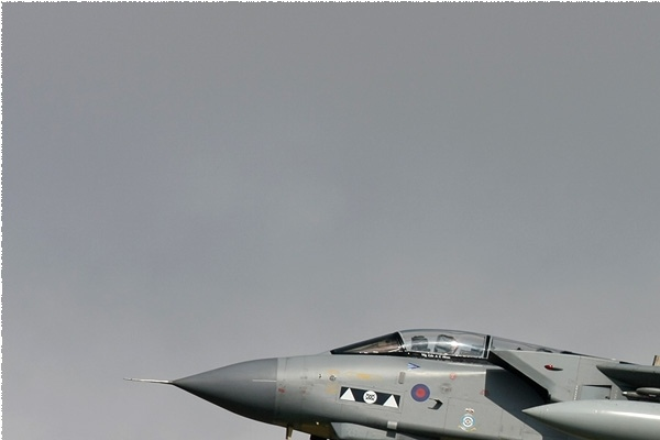 3565a-Panavia-Tornado-GR4-Royaume-Uni-air-force