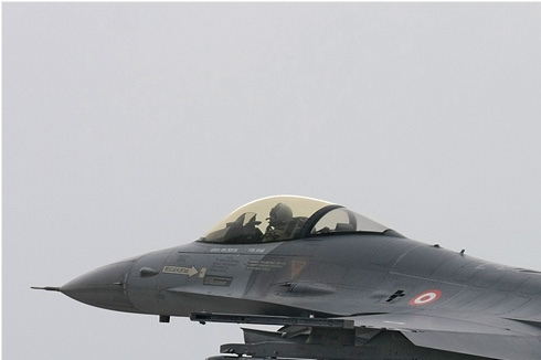 Photo#3589-1-General Dynamics F-16C Night Falcon