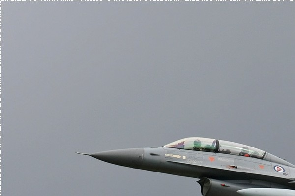 Photo#3822-1-General Dynamics F-16BM Fighting Falcon