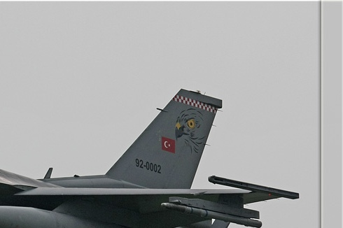 Photo#3588-2-General Dynamics F-16C Night Falcon