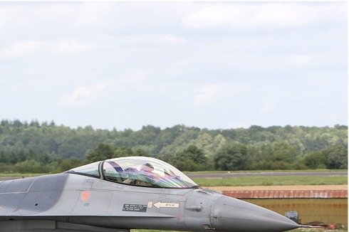 Photo#3815-2-General Dynamics F-16AM Fighting Falcon