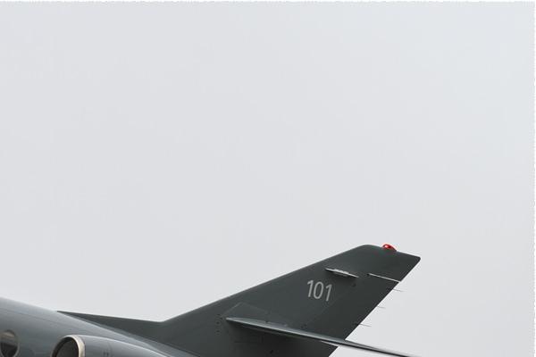 3942b-Dassault-Falcon-10Mer-France-navy