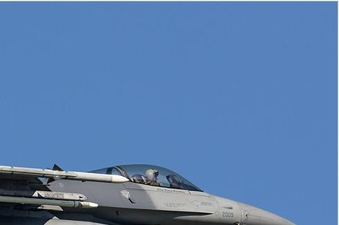 Photo#3964-2-General Dynamics F-16C Night Falcon