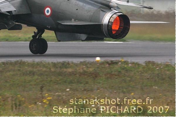 Photo#3068-4-Dassault Mirage F1CR