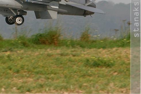 Photo#3116-4-General Dynamics F-16C Night Falcon