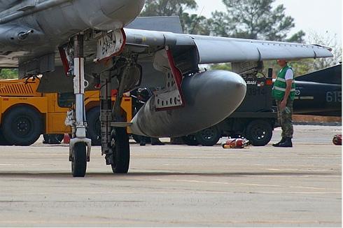 Photo#3138-4-McDonnell-Douglas A-4AR Fightinghawk
